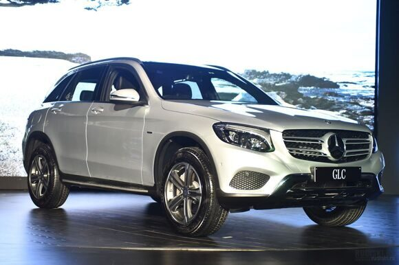 Mercedes-Benz GLC 300 Edition 1 launched in India with a price tag of Rs. 50.70 lakh (1)